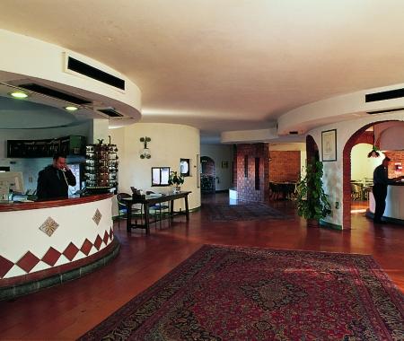 Hotel Aloha D' Oro